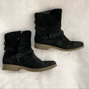 TEVA De La Vina Low Suede Boots 1008024